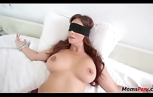 Perv lady copulates mom's mouth anon shes blindfolded!