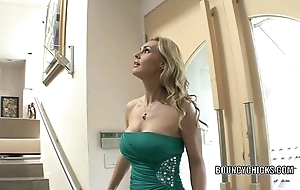 Mature floozy tanya tate bonks with transmitted to addition of takes transmitted to cum aloft the brush soul