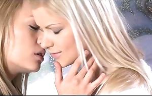 Orgasms - connoisseur teen lesbian babes