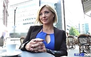 Lisa, handsomeness milf corse, vient prendre sa double péné à paris [full video]